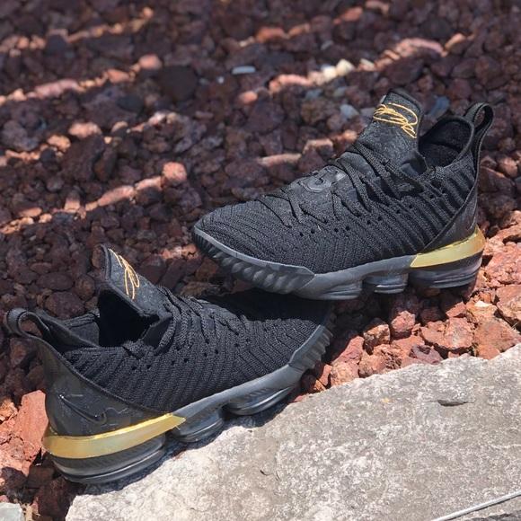 Nike Other - Lebron 16